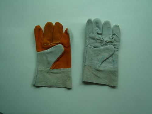 ถุงมือหนัง